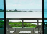 Deluxe Rock Island View Room 4